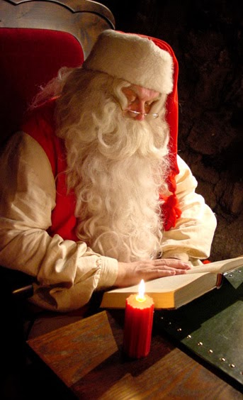santa_claus_reading_book